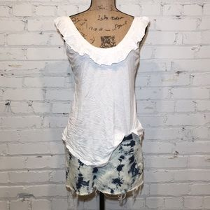 ❣️❣️❣️ LAMade white tank top. NWOT. Size S